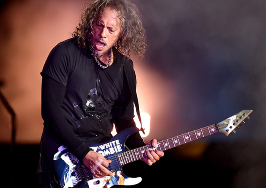 Robert Trujillo e Kirk Hammett eseguono la cover di The Final Countdown